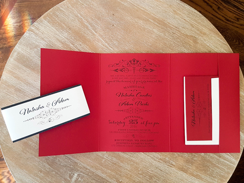Wedding Invitation 1670: Red Lacquer, Red Lacquer, Brooch/Buckle Rhinestone