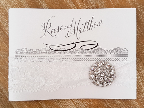 Wedding Invitation 1801: Ice Pearl, Ice Pearl, White Lace, Brooch/Buckle X