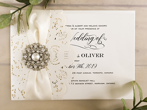 Wedding Invitation lc136: Cream Smooth, Antique Ribbon, Brooch/Buckle A6