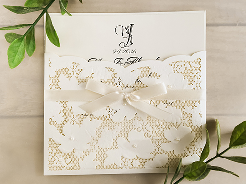 Wedding Invitation lc34: Cream Smooth, Antique Ribbon