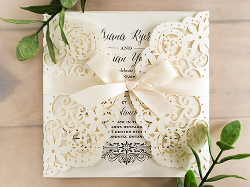 Wedding Invitation lc42: Antique Ribbon